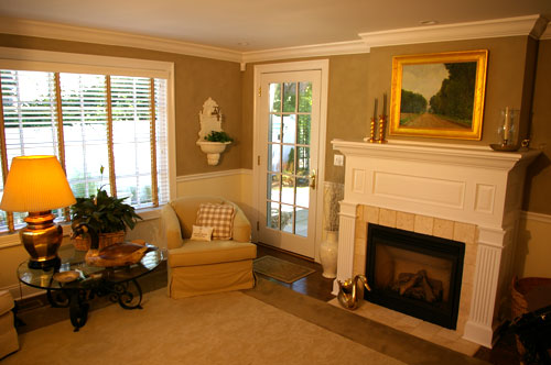 http://www.bpcgreenbuilders.com/Images/gallery/31-Catoonah-living-room.jpg
