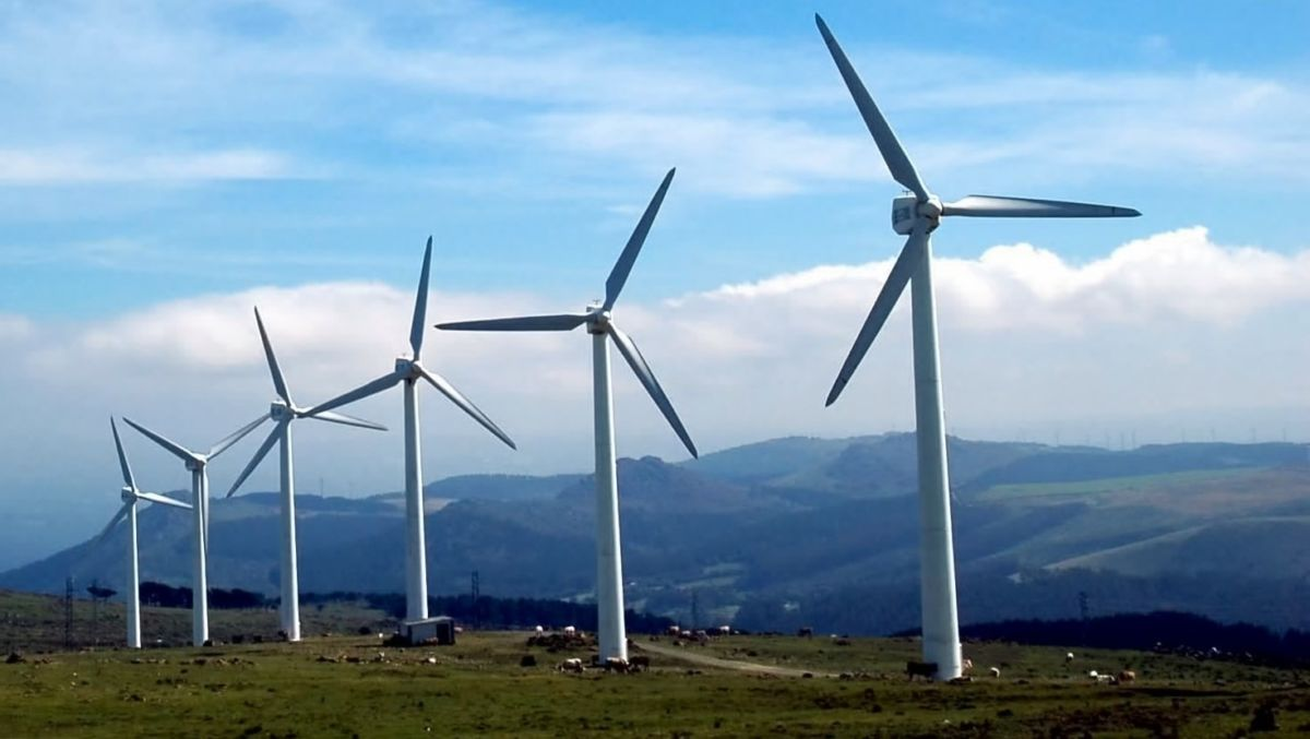 wind turbines generating green energy