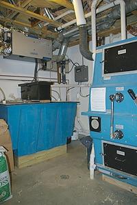 leed-platinum-composting-toilet2